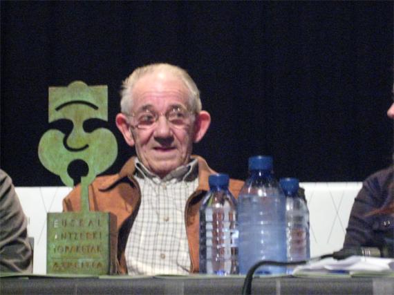 Iñaki Bergara 'Pio'-ri egindako omenaldia, argazkitan